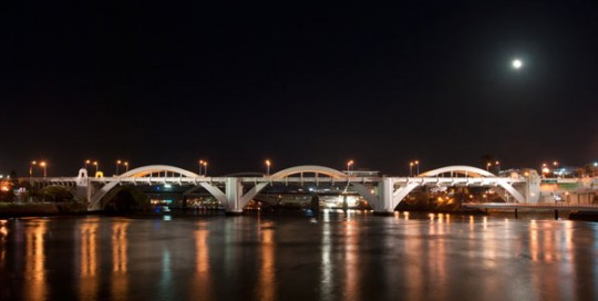william-jolly-bridge-at-night-brisbane